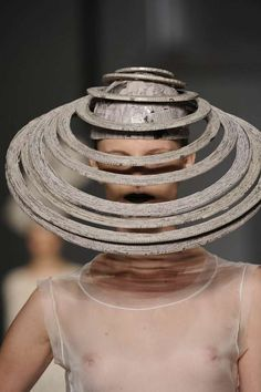 """""""Newspaper Couture"""" Mary Design Presents Interesting Headgear"""