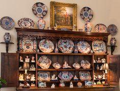 John Phifer Marrs Inc. Asian Home Decor, Antique Auctions, Liquor Cabinet, Collections, Pottery, Decor Ideas, Japanese, Ceramics, Decorating