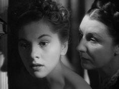 Rebecca - 1940 (Joan Fontaine, Judith Anderson)