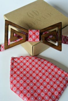 Wooden bow tie-hand carved