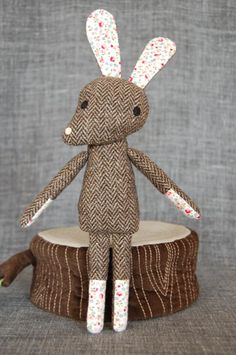 Häsin Odette Stofftiere   Source: Nikoki.de/shop via Kickcan & Conkers blog #toys #rabbits