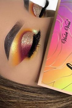 This eyeshadow look is so beautiful! The beautiful eyeshadow looks was created with the Violet Voss pigmented eyeshadow palette! CLICK to check the eyeshadow palette out! #eyeshadowlook #beautifuleyeshadowlooks #pigmentedeyeshadowpalette Photo from IG: @jcs.20 | affiliate