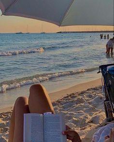 beach days 💛 Beach Aesthetic, Summer Aesthetic, Travel Aesthetic, Flower Aesthetic, Summer Feeling, Summer Vibes, Summer Dream, Summer Baby, Summer Bucket