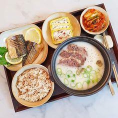 K Food, Food Porn, Korean Traditional Food, Cute Food, Yummy Food, Food Platters, Aesthetic Food, Korean Food, Food Cravings