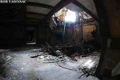 Halcyon Hall / Bennett School For Girls, Millbrook, NY    ~ ♥ #abandoned #ruins #architecture