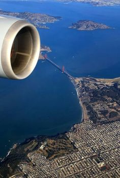 LOVE SFO - Plane views from my window seat - Flying over the Golden Gate & San Francisco, California, USA San Francisco City, San Francisco California, California Dreamin', Wyoming, Puente Golden Gate, San Fransisco, Le Far West, To Infinity And Beyond, Aerial View