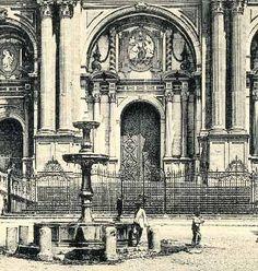 Especial Antiguas fuentes públicas Malaga Spain, Plaza, Cathedral, Board, Photography, Travel, 19th Century, Cordoba, Old Pictures