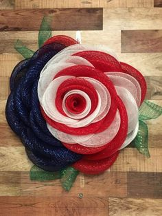 Patriotic Flag Americana Poly Burlap Flower Wreath, July Wreath, Fourth of July Wreath, July Burlap Flower Wreaths, Mesh Ribbon Wreaths, Deco Mesh Wreaths, Deco Mesh Garland, Burlap Wreath, Deco Mesh Crafts, Wreath Crafts, Diy Wreath, Wreath Ideas