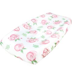- SOFT 100% WOVEN COTTON - Our changing pad cover is made from 100% woven cotton, which feels incredibly soft to the touch and holds up well over many uses. Wash before use to ensure the best fit and