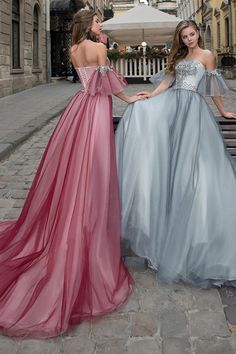 767744ebdbd  144.59  Glamorous Tulle Off-the-shoulder Neckline A-line Prom Dresses With Beaded  Lace Appliques