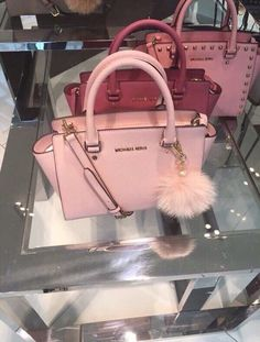 pinterest: @nikeg0ld☽☼♔ - branded purses, fiorelli handbags, leather purses and handbags *sponsored https://www.pinterest.com/purses_handbags/ https://www.pinterest.com/explore/hand-bags/ https://www.pinterest.com/purses_handbags/radley-handbags/ http://www.dsw.com/Handbags/_/N-26vy