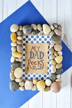 Crafty Photo Frame: Rustle up some rocks and you can pull this cute frame together in no time. Click through to find more Father's Day DIY craft ideas that Dad will love to get from kids and adults. present for dad | present for dad from kids | present for dad from daughter | present for dad birthday | present for dad birthday from daughter | present for dad to buy