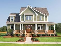 Love the porch and farmhouse style! Craftsman+House+Plan+with+2490+Square+Feet+and+4+Bedrooms+from+Dream+Home+Source+|+House+Plan+Code+DHSW41890