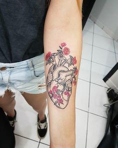Tatuagens femininas: 600 inspirações de todos os estilos e tendências