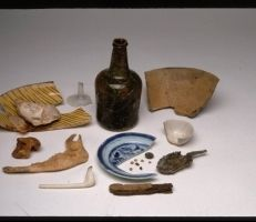 During excavations in 1984 / 85 and 1990, Mount Vernon's archaeologists recovered more than 50,000 artifacts from a brick-lined cellar below the House for Families, or main slave quarter. Occupied between c. 1760 and 1793, these artifacts provide information about the diet, daily life and activities of the approximately 60 enslaved people who lived in this building.