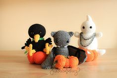 Häkelanleitung für Halloween Amigurumis / DIY crochet instruction: halloween amigurumis, handmade by haekelherz6267 via DaWanda.com