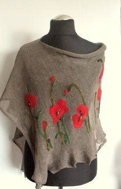 Linen Shawl Cape Clothing Natural Gray Red Poppy Felted Wool - Best Sewing Tips Wool Felt, Felted Wool, Red Poppies, Red Flowers, Shibori, Sewing Hacks, Hand Embroidery, Cape Clothing, Knitting Patterns