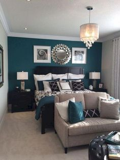 Small Master Bedroom Ideas for Couples Decor. The ideas presented in this article will be of great use while you are preparing to decorate a master bedroom, especially if you have a small master bedroom. Teal Bedroom, Home Bedroom, Bedroom Diy, Home Decor, Small Bedroom, Remodel Bedroom, Couples Decor, Master Bedrooms Decor, Master Bedroom Colors