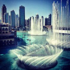 The Dubai Fountain - the dancing fountains next to the Burj Khalifa | نافورة دبي - Downtown Dubai - Dubai