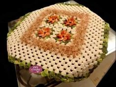 """Capa de fogão e Toalha de fogão com flores """"Peludinho"""" JNY Crochê"""