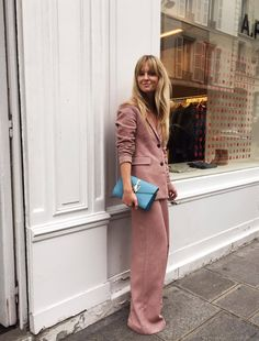 comfy and cute outfits Urban Fashion, Love Fashion, Fashion Beauty, Fashion Outfits, New York Street Style, Street Style Looks, Sandro, Plus Size Fashion For Women, Urban Chic