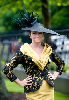 Suzi Perry wearing a hat by Philip Treacy at the Royal Ascot Fancy Hats, Cool Hats, Fascinator Hats, Fascinators, Headpieces, Suzi Perry, Royal Ascot Hats, Kentucky Derby Hats, Love Hat