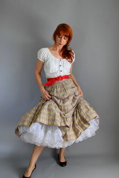 Beautiful Vintage 1950s French Country Print Skirt. by gogovintage, $45.00