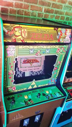 This Amazing Custom Legend Of Zelda Arcade Machine Will Make You Wish You Were Living In The Arcade Game Room, Game Room Bar, Arcade Games, Nintendo Room, Welcome To The Game, Geek Home Decor, Gaming Lounge, Theatre Games, Game Room Design