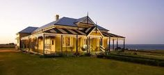 Australian heritage house by the sea, such an amazing home & the basic direction I want to build my own home in House By The Sea, My House, Farm House, Australian Architecture, Architecture Design, Australian Country Houses, Australia House, Queenslander, My Dream Home