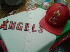 angels baseball cake                 www.wbcustomcakes.com