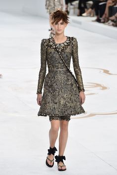 The Best Looks From the Fall 2015 Couture Runways  - ELLE.com