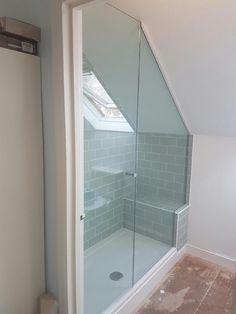"Determine additional details on ""bedroom ideas"". Visit our site. Attic Shower, Small Attic Bathroom, Loft Bathroom, Tiny Bathrooms, Upstairs Bathrooms, Bathroom Renos, Bathroom Layout, Bathroom Interior, Loft Room"