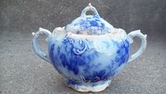 WARWICK CHINA FLOW BLUE SUGAR BOWL WITH ORIGINAL LID 1890s ANTIQUE