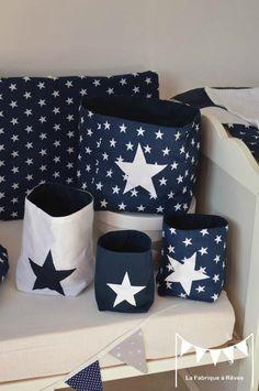 pochons rangement réversibles bleu marine blanc étoiles - décoration chambre bébé étoiles bleu marine blanc