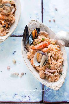 Ricetta Risotto alla pescatora ჱܓ ჱ ᴀ ρᴇᴀcᴇғυʟ ρᴀʀᴀᴅısᴇ ჱܓ ჱ ✿⊱╮♡❊**Have a Good Day**❊ ~ ❤✿❤ ♫ ♥ X ღɱɧღ ❤ ~ Su Jan 2015 Risotto Recipes, Rice Recipes, Seafood Recipes, Pasta Recipes, Gourmet Recipes, Healthy Recipes, Chicken Wing Recipes, Couscous, Rice Dishes