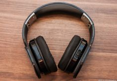 The PSB Speakers M4U 2 Active Noise Cancelling Headphones have really comfy earpads, keep working even after the batteries have drained, and sound great.