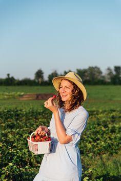 Strawberry Picking - Fruition Berry Farm - Kingston Ontario