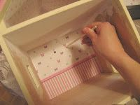 Dollhouse Decorating!: How to put wallpaper in your dollhouse