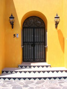 Yellow Entrance - Ajijic, Mexico