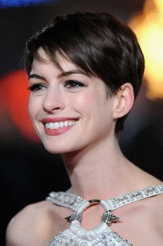 2013 Anne Hathaway Short Pixie Hairstyles