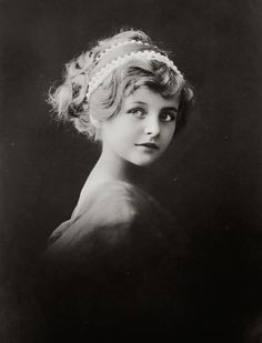 Alfred Stieglitz photo of his niece. VINTAGE PHOTOGRAPHY: March 2014