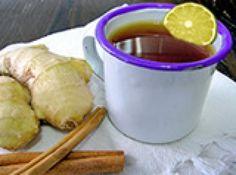 Receita de Quentão diet - Rendimento: 4 porções de Quentão diet, Ingredientes, 3 colheres de sopa de adoçante em pó, 1 limão cortado em fatias, Casca de 1 laranja, 4 rodelas de gengibre, 1 canela em pau, 4 cravos da Índia, ½ xícara de chá de suco de maça pronto sem açúcar, 2 xícaras de chá de água