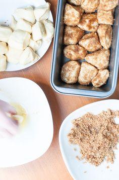 Luftiger Hefeteig, brauner Zucker und Zimt ... Monkey Bread in progress #Brot #Hefeteig #Hefegebäck