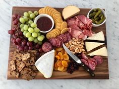 Beautiful Charcuterie Board with Williams Sonoma's Wusthof KnivesBECKI OWENS Entertaining with this simple Trader Joe's charcuterie board styled with my beautiful new Wusthof knives and cutting board from William Sonoma. Charcuterie And Cheese Board, Charcuterie Platter, Charcuterie Ideas, Cheese Boards, Cheese Cutting Board, Thanksgiving Appetizers, Thanksgiving Recipes, Fancy Appetizers, Thanksgiving Prayer