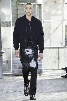 Givenchy Menswear Spring Summer 2016 Paris - NOWFASHION