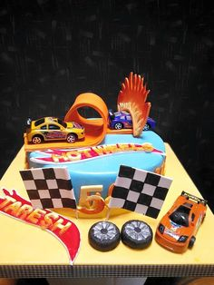 Racing Cars Birthday Birthday Cake for a wild life enthusiast designed and created by Yamuna Silva of Yami cakes, Kotte Sri Lanka