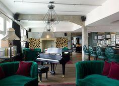 Oh how I love me a Soho House lounge. @ Berlin House