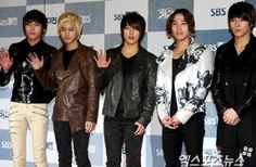 FT Island's Lee Jae Jin admits he recently went through a break up