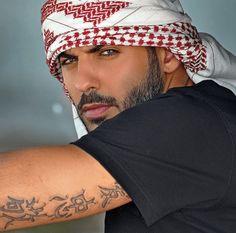 Afbeeldingsresultaat voor omar borkan al gala wedding Beautiful Men Faces, Gorgeous Men, Beautiful People, Most Beautiful Man, Handsome Arab Men, Handsome Faces, Lebanese Men, Arab Men Fashion, Middle Eastern Men