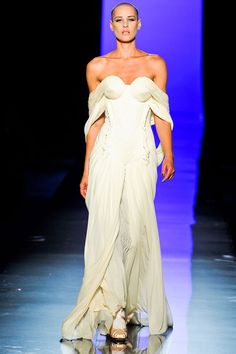 Le défilé Jean Paul Gaultier automne-hiver 2011-2012 30 | Vogue